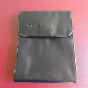 Mark Kay Travel Cosmetic Roll